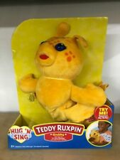 """Teddy Ruxpin Hug N' Sing """"grubby Sings Clips From Its Your Birthday"""""""