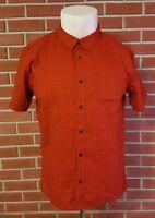 Mountain Hardwear Short Sleeve Button Front Shirt Mens Size Large Cotton Blend