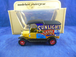 Matchbox Yesteryear Y-12 1912 Model T Ford Van Sunlight Seife 1:35 Scale