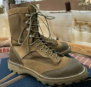 Wellco E163 USMC RAT Temperate Weather Combat Boot, Size 9.5R and 9.5W