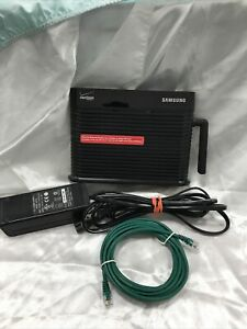 Samsung Verizon Network Extender 3G Signal Booster SCS-2U01-excellent Condition