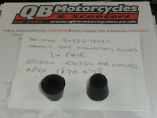 YAMAHA RD250 RD350 HANDLE BAR MOUNTING RUBBERS 90385-12020 1 PAIR A13