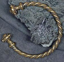 schöne keltische Armspange Armreif GrS  aus Bronze tolle Kopfverzierungen Kelten
