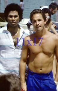 #7572,DON JOHNSON,BARECHESTED,SHIRTLESS,miami vice,11X17 POSTER SIZE PHOTO