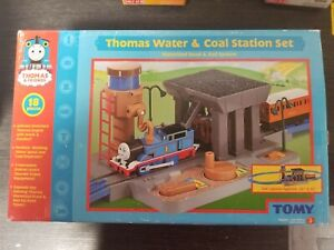 Thomas and Friends Water & Coal Station Set Tomy 2004 Brand new Sealed Box!