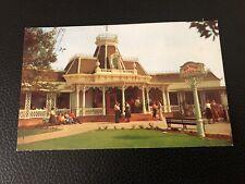 Vintage 1957 DISNEYLAND Postcard--The Red Wagon Inn on the Plaza Main Street PC