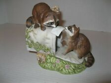 Home Interiors Masterpiece Porcelain Figurine Homco 1987 Raccoons in mailbox