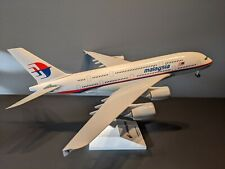 SKYMARKS MODELS 1:200 MALAYSIA A380-800 (SLIGHT DAMAGE)