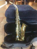 King Super 20 Alto Saxophone-Cleveland S/N 423xxx