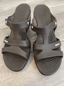Crocs Womens Size 10 Cyprus V Heels Brown