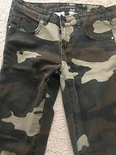 BILLABONG The Skinny Camo Army Slightly Distressed Jeans Pants Sz 9