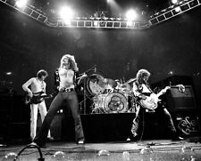 LED ZEPPELIN JIMMY PAGE ROBERT PLANT 8X10 Celebrity Photo Picture LIVE