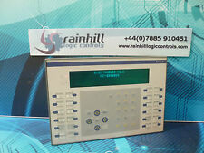 TELEMECANIQUE MAGELIS XBTE 016010. XBT E016010. IHM, panneau de commande. (UK/EU lire)