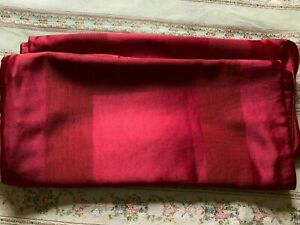 NWOT PAIR OF HOTEL COLLECTION KING SIZE PILLOW SHAMS RED RAYON/POLYESTER