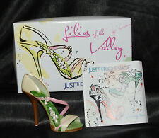 Just The Right Shoe by Raine Shoe Miniatures-Lilies of the Valley- cancer Nib