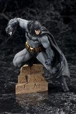 DC COMICS BATMAN ARKHAM CITY ARTFX+ STATUE
