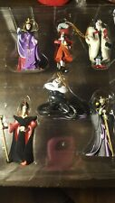 Disney Villains Storybook Ornament Set. 6 Ornaments In Excellent Condition!
