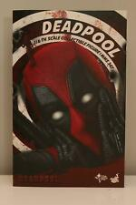 Deadpool | Marvel Movie Masterpiece | Hot Toys MMS347 | 1/6 Figure | Sideshow