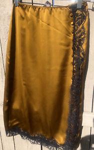 $70 Victoria's Secret corset Style Pencil Silky Skirt Lace Button Up Side Xs