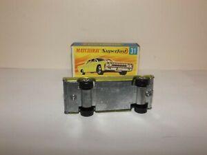 MATCHBOX TRANS. S/F NO.31-A LINCOLN CONTINENTAL GOLD BODY, RARE WIDE 5 SPOKE MIB