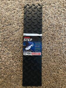"""TOW SMART SMART STEP SKID RESISTANT RUBBER 4""""X17.5"""" ADHESIVE RUBBER TREAD"""