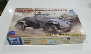 Bronco No. CB35013 | 1:35 Leichter Panzerspähwagen (MG) Sd.Kfz. 221