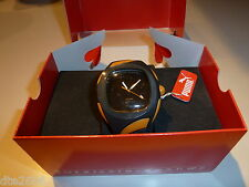 NIB PUMA MENS QUARTZ CASUAL WATCH IN ORANGE AND BLACK PU90002
