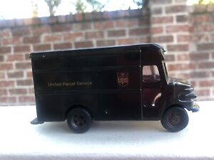 UPS Diecast Replica P600 Delivery Model Truck Made Exclusively For UPS
