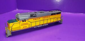 SHELL AND RAILINGS ONLY ATHEARN GP30 UNION PACIFIC 4117