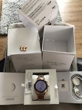 Preowned Boxed Michael Kors Access Runway MKT5046 Smart Watch