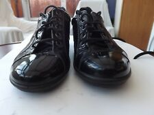 ECCO BLACK PATENT LEATHER.LACEUP. SHOES .REMOVEABLE INSOLE. 5.-SEE MEASUREMENTS