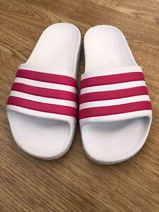 GirlsAdidas Sliders Size 2