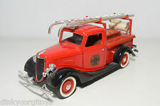 SOLIDO FORD V8 FIRE DEPARTMENT ENGLAND FIRE TRUCK NEAR MINT CONDITION