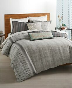 Whim by Martha Stewart Collection Neo Geo Reversible 2-Pc.  Comforter Set - TWIN