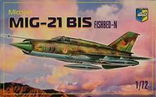 MIG-21 BIS Soviet  fighter Fishbed N       1/72  Condor