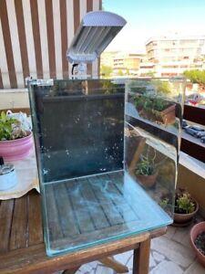 Dennerle Nano Cube acquario con vetro frontale arrotondato 60 l + plafoniera