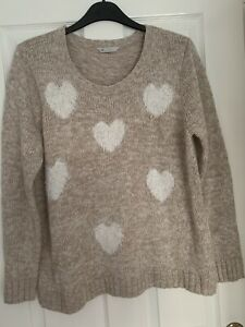 LADIES BEIGE HEART PATTERNED JUMPER TOP UK SIZE 20 GREAT CONDITION