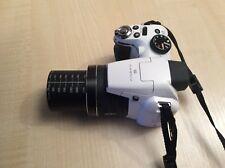 Fujifilm FinePix S Series S4200 14.0MP Digital Camera - White