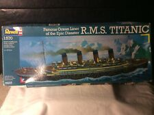 Revell 1/570 Scale R.M.S Titanic Kit No 05215 (unbuilt/complete/old shop stock)