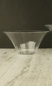 1 x Clear PLASTIC FLARED BOWL MEDIUM Swirl Candy Buffet Lolly Container 8.7cm(H)