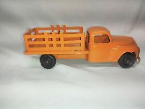 Hubley Studebaker Stake Truck #458