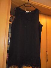 Longtop mit Spitzensaum schwarz Gr. 48/50