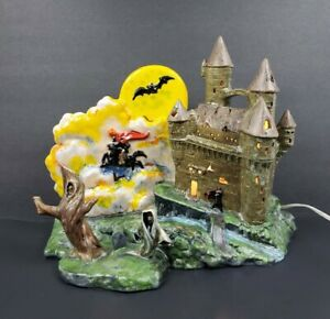 Vtg Ceramic Lit-Up HALLOWEEN HAUNTED CASTLE Headless Horseman Duncan 1980 FAB!!!
