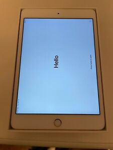 Apple iPad Mini 4 128GB, Wi-Fi, Gold Excellent Condition and FREE SHIPPING