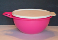 Tupperware Thatsa Bowl 6 Cups Mix Serve Store Neon Pink w/ Seal New