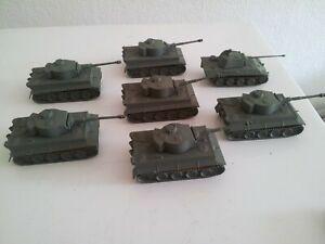 ROCO 1:87 Minitanks 6 Tiger I 1 Panther bemalt 1:87, gebraucht ohne OVP