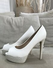 Super Cute FOREVER NEW sz 39 White Leather Platform Peep Toe Heels Pearls