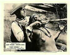 Fort Dobbs Original Lobby Carte Clint Walker Battles Indien Lutte Scène Ouest