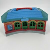 Thomas the Train & Friends Take Along Play Roundhouse Station Carry Case 2002