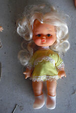 """Vintage 1960s UD Co Vinyl Plastic Blonde Character Girl Doll 7 1/4"""" Tall"""